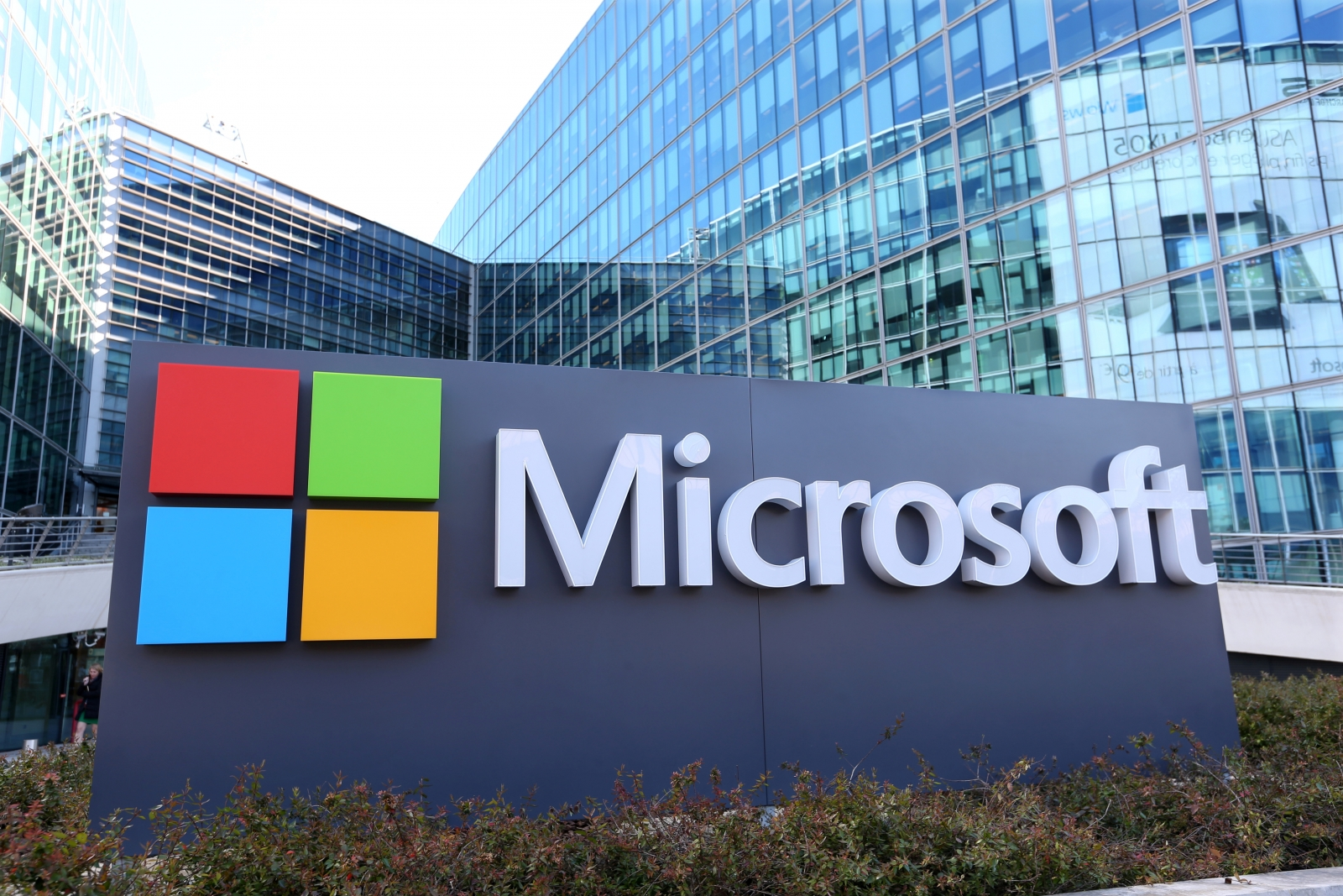 microsoft - Microsoft Issues WanaCrypt Patch for Windows 8, XP